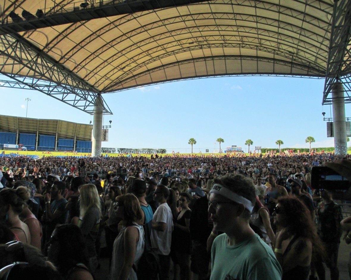 Big Guava Crowd Tampa 059015