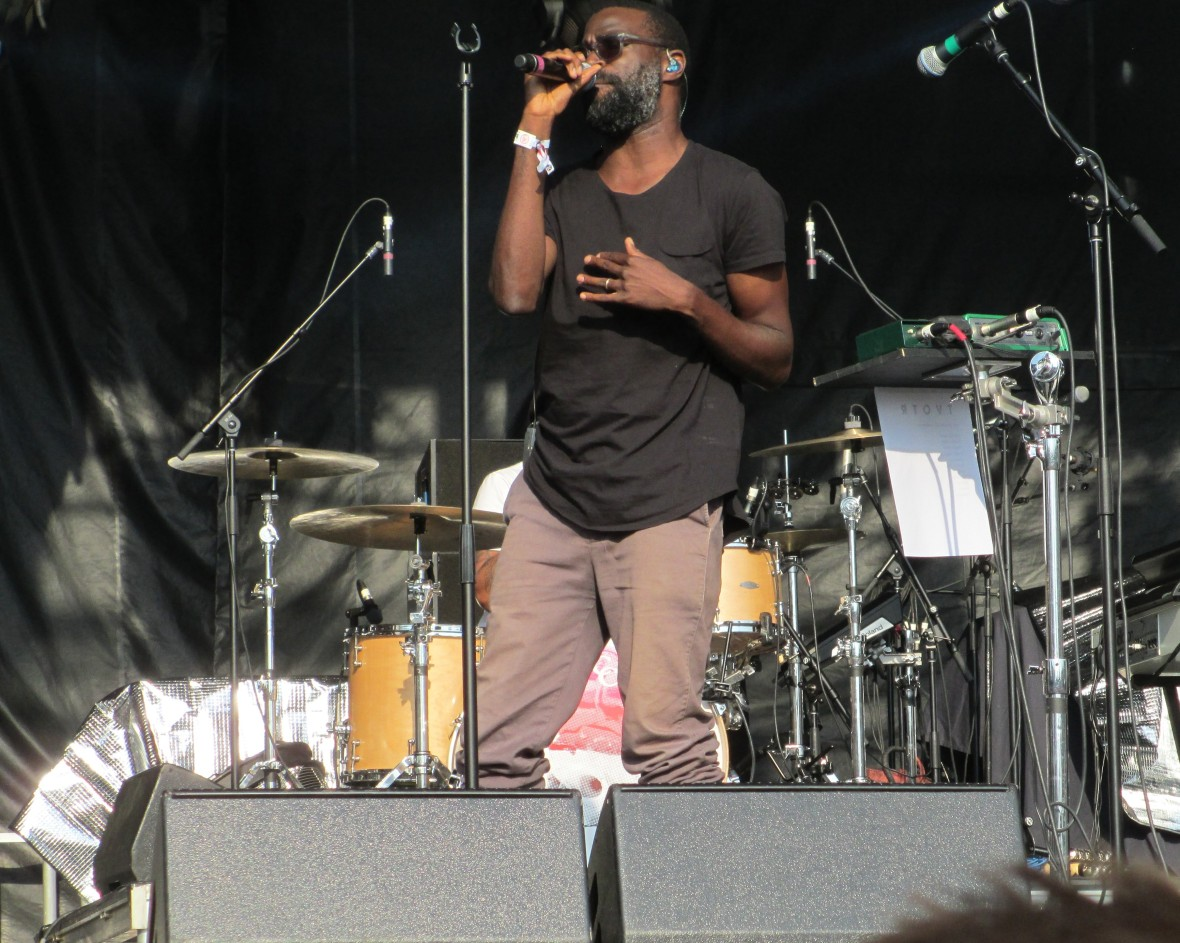 TV on the Radio Tunde Adebimpe Shaky Knees 050815