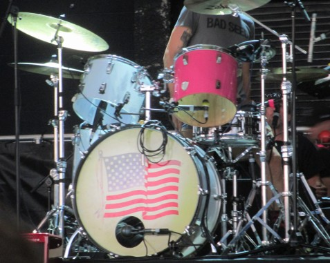 The_Voidz_Drums_Coral_Skies_Tampa_102514